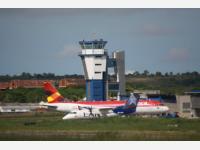 Аэропорт Нейва Бенито Салас