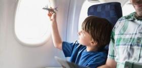 Госдума решила обязать авиакомпании не разлучать родных во время полета