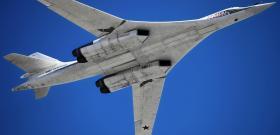 Бомбардировщик ТУ-160 в гражданском исполнении -- достойный ответ американским Boeing 747